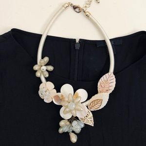 Ivory White Gold Floral Large Statement Necklace